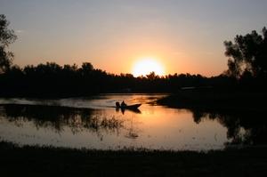 Swamp_boat_at_sunlight_1